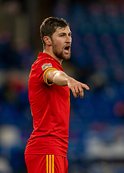 CARDIFF, WALES - Sunday, November 15, 2020: Wales' Ben Davies during the UEFA Nations League Group Stage League B Group 4 match between Wales and Republic of Ireland at the Cardiff City Stadium. Wales won 1-0. (Pic by David Rawcliffe/Propaganda)