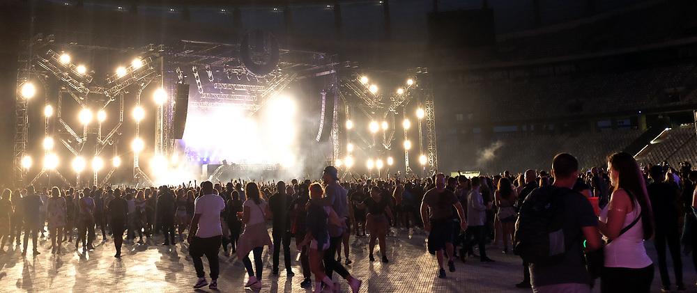 Cape Town. 090118. Revellers enjoying the adrenalin-pumping music of DJ's such as Carnage, Armin van Buuren, Black Coffee and AfroJack at the Ultra SA Music Festival held at Cape Town Stadium on Friday. Picture:Ian Landsberg/ANA