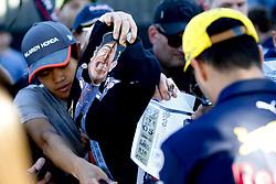 March 23, 2018 - Melbourne, Victoria, Australia - Motorsports: FIA Formula One World Championship 2018, Melbourne, Victoria : Motorsports: Formula 1 2018 Rolex  Australian Grand Prix,   #3 Daniel Ricciardo (AUS, Red Bull Racing) (Credit Image: © Hoch Zwei via ZUMA Wire)