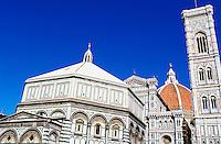 Italie, Toscane, Florence, Santa Maria del Fiore et Le Campanile // Santa María del Fiore and the Campanile, Florence, Tuscany, Italy