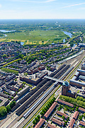 Nederland, Noord-Brabant, Den Bosch, 13-05-2019; NS station Den Bosch en omgeving. Leonardo Da Vinciplein, Parallelweg, zicht op de binenstad, Bossche Broek in het verschiet.<br /> Railway station Den Bosch and surroundings.<br /> luchtfoto (toeslag op standard tarieven);<br /> aerial photo (additional fee required);<br /> copyright foto/photo Siebe Swart