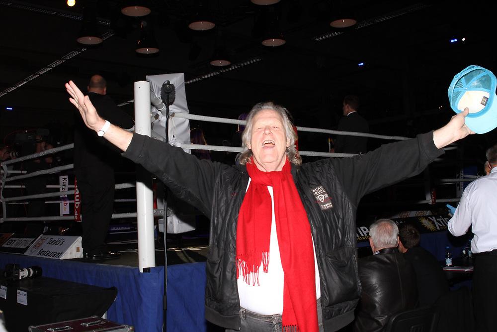 BOXEN: Friday Night Boxing, Hamburg, 15.10.2016<br /> Saenger Gunther Gabriel<br /> © Torsten Helmke