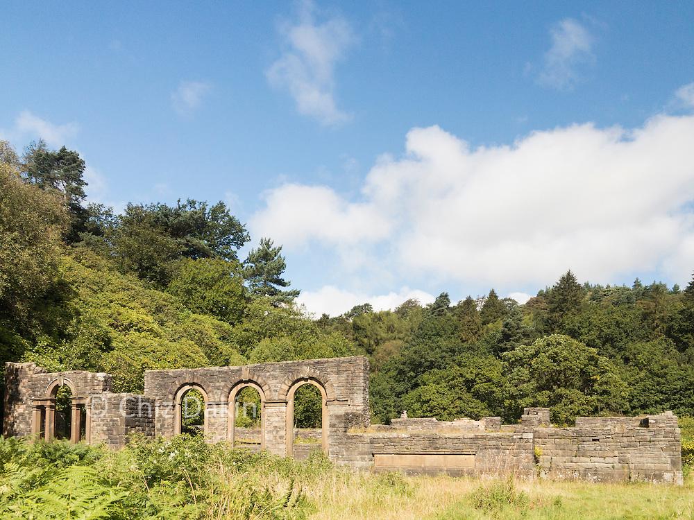 The ruins of Errwood Hall (Derbyshire Peak District)
