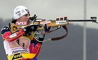 Skiskyting, 12. desember 2003, Ann Kristin Flatland (NOR)  Norge Biathlon Norwegen<br /> Weltcup Hochfilzen t