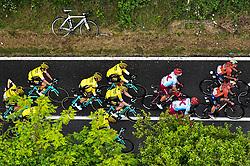 26.05.2019, Ivrea, Como, ITA, Giro d Italia 2019, 15. Etappe, Ivrea - Como (237 km), im Bild TEAM JUMBO – VISMA // TEAM JUMBO – VISMA during stage 15 of the 102nd Giro d'Italia cycling race from Ivrea to Como (237 km) Ivrea in Como, Italy on 2019/05/26. EXPA Pictures © 2019, PhotoCredit: EXPA/ laPresse/ Massimo Paolone<br /> <br /> *****ATTENTION - for AUT, SUI, CRO, SLO only*****