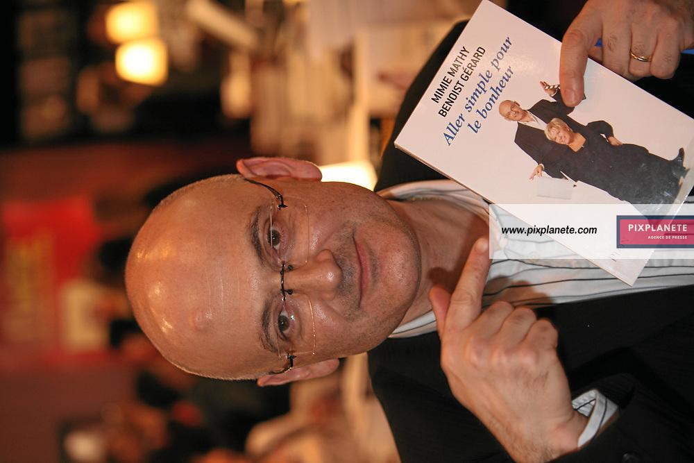Benoist Gerard - Salon du livre de Paris - 27/03/2007 - JSB / PixPlanete