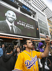 January 26, 2020, Los Angeles, California, USA: Fans attend a memorial held at Staples Center for former Los Angeles Lakers player Kobe Bryant who died in a Helicopter crash on Sunday, January 26, 2020 in Calabasas, California. He was 41. JAVIER ROJAS/PI (Credit Image: © Prensa Internacional via ZUMA Wire)