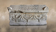 Roman relief sculpted garland sarcophagus with pitched tile sculpted roof, 3rd century AD. Adana Archaeology Museum, Turkey .<br /> <br /> If you prefer to buy from our ALAMY STOCK LIBRARY page at https://www.alamy.com/portfolio/paul-williams-funkystock/greco-roman-sculptures.html . Type -    Adana     - into LOWER SEARCH WITHIN GALLERY box - Refine search by adding a subject, place, background colour, museum etc.<br /> <br /> Visit our ROMAN WORLD PHOTO COLLECTIONS for more photos to download or buy as wall art prints https://funkystock.photoshelter.com/gallery-collection/The-Romans-Art-Artefacts-Antiquities-Historic-Sites-Pictures-Images/C0000r2uLJJo9_s0