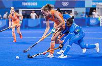 TOKIO - Felice Albers (NED) met Nisha (IND)  tijdens de wedstrijd dames , Nederland-India (5-1) tijdens de Olympische Spelen   .   COPYRIGHT KOEN SUYK