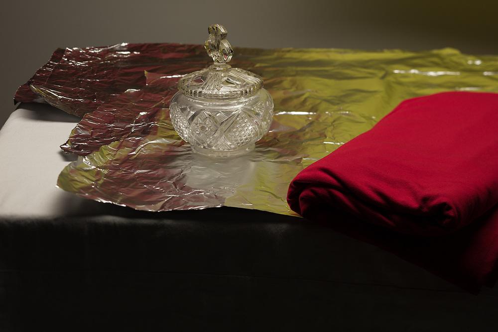 Cotton, Aluminium, Glass
