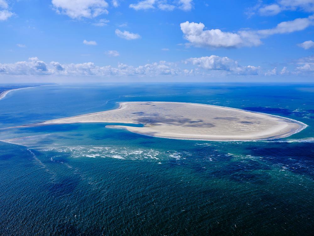 Nederland, Noord-Holland, Texel 07-05-2021; Noorderhaaks, onbewoonde zandplaat - eiland in wording, gelegen in het Marsdiep (tussen Den Helder en Texel). Ook wel genaamd 'Razende bol' (de oostelijke punt, links). Kust van Noord-Holland, Noordzee.<br /> Noorderhaaks, uninhabited sandbank - island in the making, located in the Marsdiep (between Den Helder and Texel). Also called 'Razende bol' (the eastern point, on the left).<br /> luchtfoto (toeslag op standard tarieven);<br /> aerial photo (additional fee required)<br /> copyright © 2021 foto/photo Siebe Swart