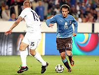 Fotball<br /> Italia v USA<br /> 15.06.2009<br /> Confederations Cup 2009<br /> Foto: Gepa/Digitalsport<br /> NORWAY ONLY<br /> <br /> Bild zeigt Jay DeMerit (USA) und Alberto Gilardino (ITA).