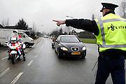 Nederland, Elst, 16-3-2007Verkeerscontrole aan de Aamsestraat.Foto: Flip Franssen. Editie: Betuwe