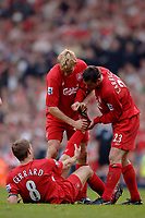 Photo: Glyn Thomas.<br />Chelsea v Liverpool. The FA Cup, Semi-Final. 22/04/2006.<br />Liverpool's Steven Gerrard suffers from cramp towards the end.
