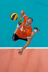 21-09-2019 NED: EC Volleyball 2019 Netherlands - Germany, Apeldoorn<br /> 1/8 final EC Volleyball / Wouter Ter Maat #16 of Netherlands