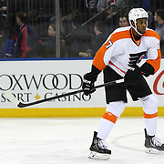 Wayne Simmonds, Philadelphia, Flyers, in action during the New York Rangers Vs Philadelphia Flyers, NHL regular season game at Madison Square Garden, New York, USA. 26th March 2014. Photo Tim Clayton