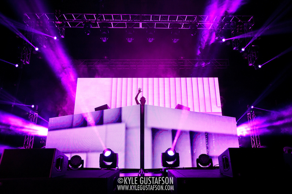 """WASHINGTON, DC - February 1st,  2013 - Swedish DJ Avicii performs at the D.C. Armory in Washington, D.C. In 2012 Avicii was ranked No. 3 on the Top 100 DJs list by DJ Magazine. His single """"Levels"""" was nominated for a 2013 Grammy Award. (Photo by Kyle Gustafson/For The Washington Post)"""