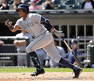 CHICAGO - AUGUST 28:  Ketel Marte #4 of the Seattle Mariners bats against the Chicago White Sox on August  28, 2016 at U.S. Cellular Field in Chicago, Illinois.  The White Sox defeated the Mariners 4-1.  (Photo by Ron Vesely/MLB Photos via Getty Images)  *** Local Caption *** Ketel Marte