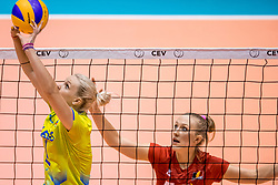 24-08-2017 NED: World Qualifications Belgium - Slovenia, Rotterdam<br /> Eva Mori #1 of Slovenia, Lise Van Hecke #10 of Belgium<br /> Photo by Ronald Hoogendoorn / Sportida