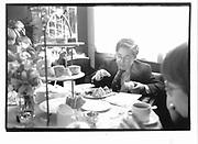 Chris Taylor a pupil of Browning school. english tea, 2 p.m. the Macklowe Restaurant. W 44 St. New York. 1992. © Copyright Photograph by Dafydd Jones 66 Stockwell Park Rd. London SW9 0DA Tel 020 7733 0108 www.dafjones.com
