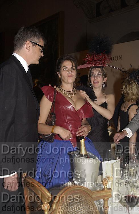 Jay Jopling, Sam Taylor Wood, Tracey Emin Moet and Chandon fashion tribute to Philip treacy. V. & a. 16 April 2002. © Copyright Photograph by Dafydd Jones 66 Stockwell Park Rd. London SW9 0DA Tel 020 7733 0108 www.dafjones.com