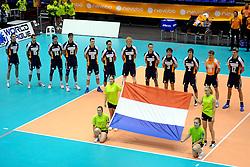 29-05-2010 VOLLEYBAL: EK KWALIFICATIE MACEDONIE - NEDERLAND: ROTTERDAM<br /> Nederland verslaat Macedonie met 3-0 / Line up Nederland<br /> ©2010-WWW.FOTOHOOGENDOORN.NL