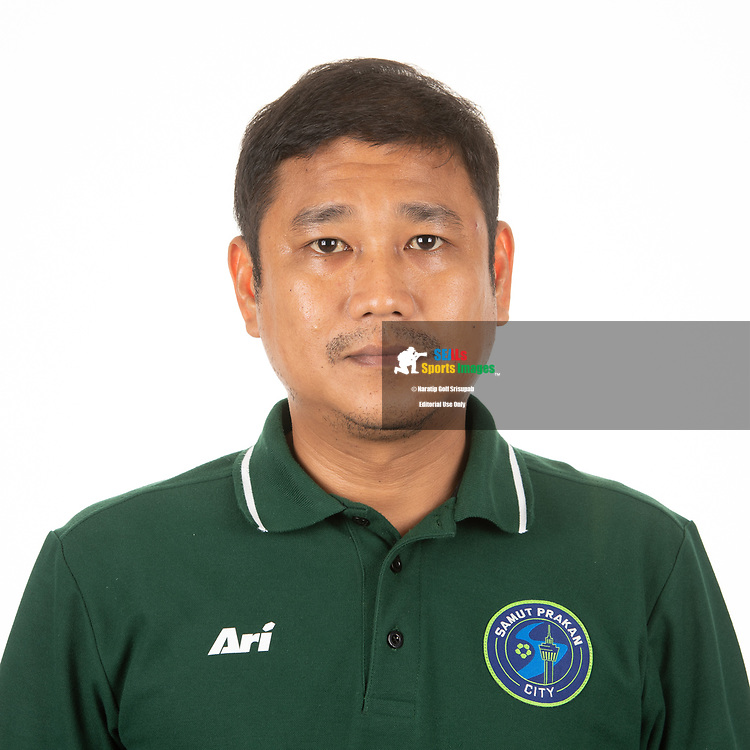 THAILAND - APRIL 09: Head Coach Surapong Khongthep of Samut Prakan City FC on April 09, 2019.<br /> .<br /> .<br /> .<br /> (Photo by: Naratip Golf Srisupab/SEALs Sports Images/MB Media Solutions)