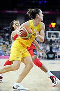 DESCRIZIONE : Basketball Jeux Olympiques Londres Demi finale<br /> GIOCATORE : O Hea Jenna AUS<br /> SQUADRA : AUSTRALIE Femme<br /> EVENTO : Jeux Olympiques<br /> GARA : USA AUSTRALIE<br /> DATA : 09 08 2012<br /> CATEGORIA : Basketball Jeux Olympiques<br /> SPORT : Basketball<br /> AUTORE : JF Molliere <br /> Galleria : France JEUX OLYMPIQUES 2012 Action<br /> Fotonotizia : Jeux Olympiques Londres demi Finale Greenwich Arena<br /> Predefinita :