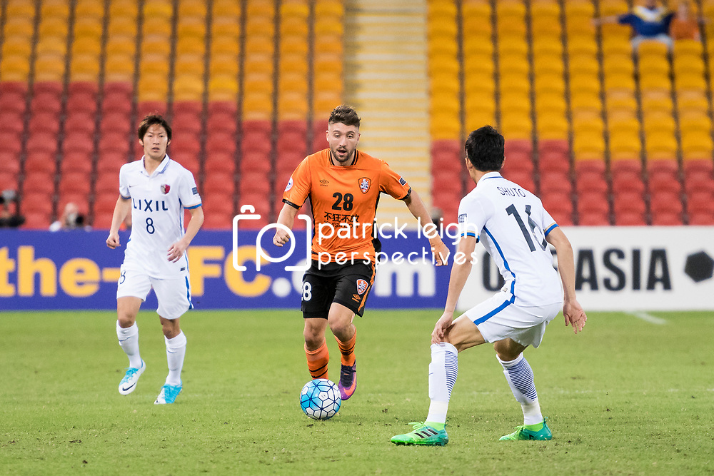 iBRISBANE, AUSTRALIA - APRIL 12:  Brandon Borrello of the Roar dribbles the ball during the Asian Champions League Group Stage match between the Brisbane Roar and Kashima Antlers at Suncorp Stadium on April 12, 2017 in Brisbane, Australia. (Photo by Patrick Kearney/Brisbane Roar)