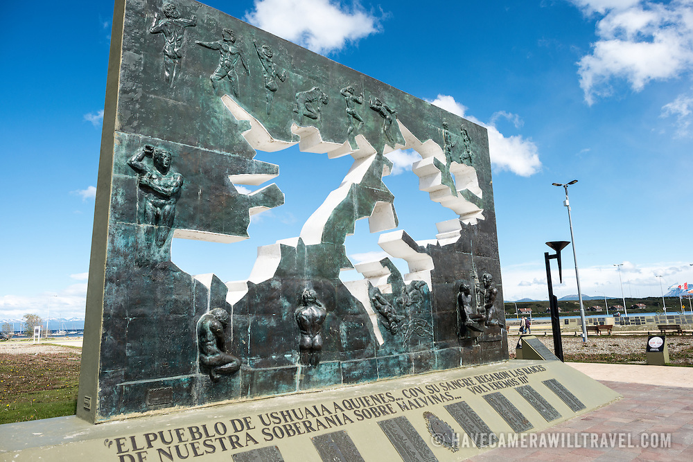 A memorial to the Falklands Islands War (known as the Guerra de las Malvinas in Argentina) between Great Britain and Argentina in Ushuaia.
