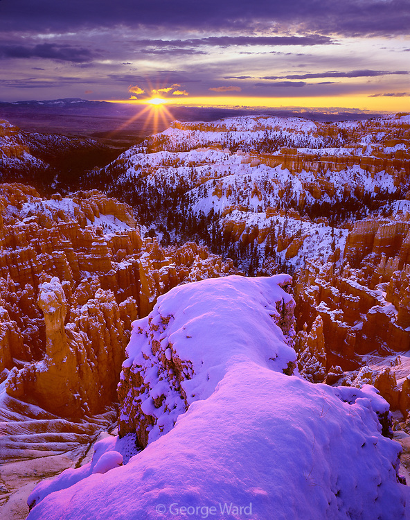 Sunrise near Inspiration Point, Bryce Canyon National Park, Utah