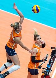 20-10-2018 JPN: Final World Championship Volleyball Women day 18, Yokohama<br /> China - Netherlands 3-0 / Maret Balkestein-Grothues #6 of Netherlands, Britt Bongaerts #12 of Netherlands