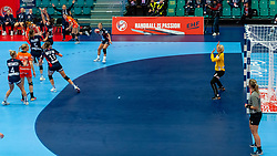 Dione Housheer of Netherlands in action during the Women's EHF Euro 2020 match between Netherlands and Norway at Sydbank Arena on december 10, 2020 in Kolding, Denmark (Photo by RHF Agency/Ronald Hoogendoorn)
