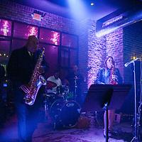 Evelyn Rubio Band ~ Henke & Pillot