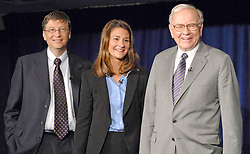 Bill Gates and his wife Melinda announce their divorce. The billionaire co-founder of Microsoft, and his wife, who reside in Washington State, are to divorce after twenty-seven years of marriage, and twenty years of working together in their foundation - File - Bill Gates, Melinda Gates and Warren Buffett attend the press conference to announce Warren Buffett's pledged gift of $31 billion, to the Bill and Melinda Gates Foundation, held in New York City, NY, USA on June 26, 2006. Photo by David Miller/ABACAPRESS.COM