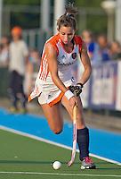 ALKMAAR - ELLEN HOOG, dinsdag tijdens het vierlandentoernooi Rabo Trophy 2010 hockey in Alkmaar  tussen Nederland en China (3-2).  ANP KOEN SUYK