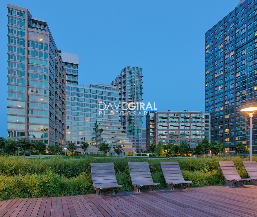 """Luxury condos """"The View"""", Gantry Plaza State Park, Long Island, Queens, New York City"""