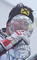 19.03.2011, Pista Silvano Beltrametti, Lenzerheide, SUI, FIS Ski Worldcup, Finale, Lenzerheide, Slalom Herren, im Bild Gesamtweltcup Sieger, Ivica Kostelic (CRO) im Zielraum auf der Lenzerheide mit der Kristallkugel. //  Overall Weltcup Winner, Men, Ivica Kostelic (CRO) with the Trophy during Men´s Downhill, at Pista Silvano Beltrametti, in Lenzerheide, Switzerland, 18/03/2011, EXPA Pictures © 2011, PhotoCredit: EXPA/ J. Feichter