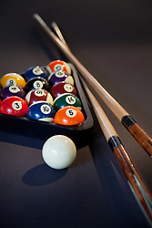 Pool table with pool balls cue sticks VA1_803_266