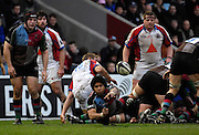 Twickenham, GREAT BRITAIN, Steve SO'OIALO passes the ball out, during the Guinness Premieship match, NEC Harlequins vs Bristol Rugby, at the Twickenham Stoop Stadium, England, on Sat 24.02.2007  [Photo, Peter Spurrier/Intersport-images].....