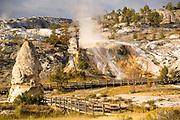 Mammoth Hotsprings, Yellowstone National Park.