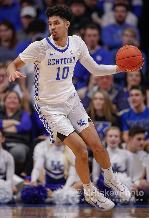 LEXINGTON, KY - FEBRUARY 04: Johnny Juzang #10 of the Kentucky Wildcats brings the ball up court during the game against the Mississippi State Bulldogs at Rupp Arena on February 4, 2020 in Lexington, Kentucky. (Photo by Michael Hickey/Getty Images) *** Local Caption *** Johnny Juzang