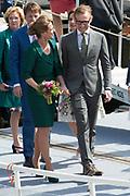Koningsdag in Dordrecht / Kingsday in Dordrecht<br /> <br /> Op de foto / On the photo: <br /> <br />  Prins Bernhard jr.en prinses Annette