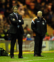 Photo: Jed Wee.<br />Middlesbrough v Charlton Athletic. The Barclays Premiership. 23/12/2006.<br /><br />Middlesbrough manager Gareth Southgate (L) with Charlton manager Les Reed.
