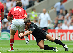 Photo © SPORTZPICS / SECONDS LEFT IMAGES 2011 - Rugby Union - Investic - World Cup warm up game - England V Wales - 06/08/11 - England's Lee Mears.tackling Wales' George North - at Twickenham Stadium UK - All rights reserved