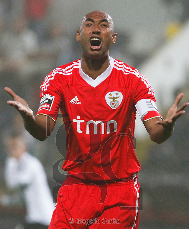 Portugal, Funchal, Madeira :  Luisao celebrates during the Portuguese league football match Nacional Madeira vs Benfica on August 29, 2011 at the Madeira Stadium in Funchal. .PHOTO / GREGORIO CUNHA