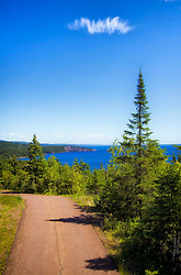 Come to Tettegouche for a great sense of the North Shore: the spectacular overlooks at Shovel Point; rocky, steep cliffs and inland bluffs; the cascading 60 ft. High Falls of the Baptism River; and the historic Tettegouche Camp where visitors can stay the night.<br />