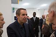 JEFF KOONS;  Frieze. Regent's Park. London. 17 October 2013