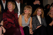 Sally Farmilloe in centre. Chester Bonham couture fashion show. Park Lane. 15 November 2004. ONE TIME USE ONLY - DO NOT ARCHIVE  © Copyright Photograph by Dafydd Jones 66 Stockwell Park Rd. London SW9 0DA Tel 020 7733 0108 www.dafjones.com