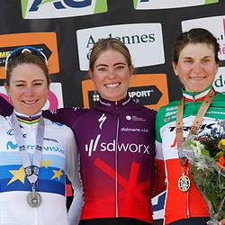25-04-2021: Wielrennen: Luik Bastenaken Luik (Vrouwen): Luik: Demi Vollering wint Luik-Bastenaken-Luik voor Annemiek van Vleuten en Elisa Longo Borghini
